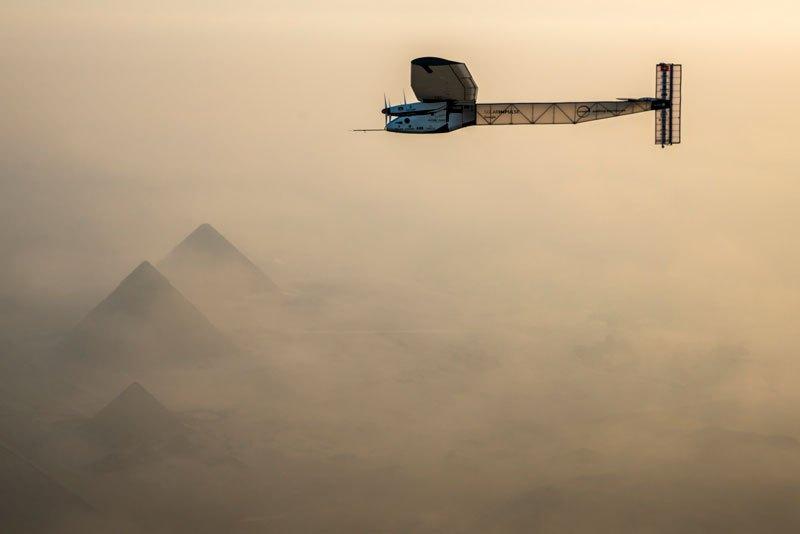 solar-impulse-plane-circumnavigates-globe-without-single-drop-of-fuel-21