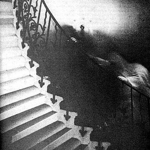 ghost_on_stairs_lg-57c74ae55f9b5829f47ec990